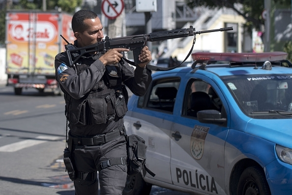Brazilian troops launch anti-crime operations in Rio slums