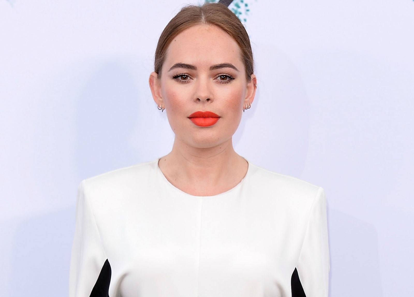 YouTube star Tanya Burr flaunts 'healthy' bikini body on Instagram: 'You're inspirational'