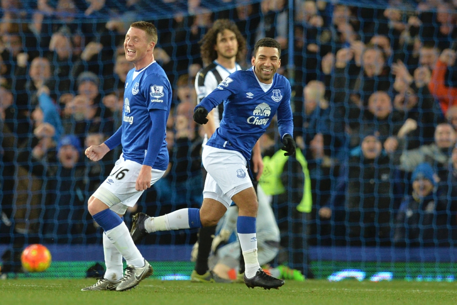 James McCarthy and Aaron Lennon