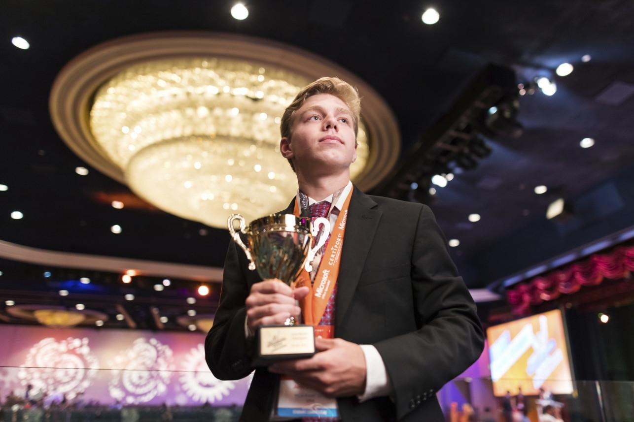 Excel world Champion John Dumoulin