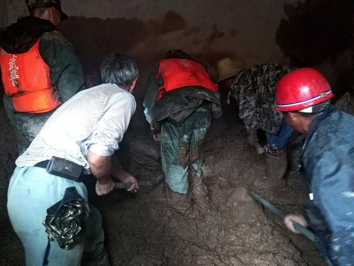 24 killed in landslide in China's Sichuan Province