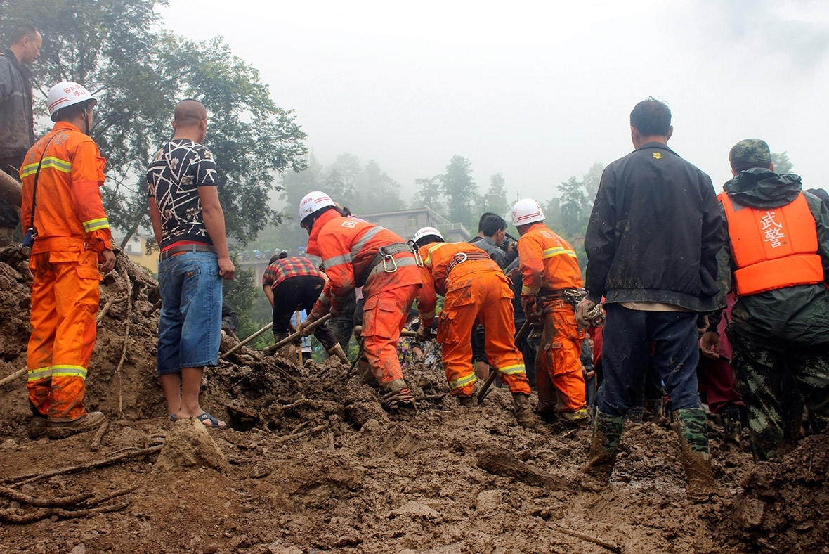 24 killed in landslide triggered by rain