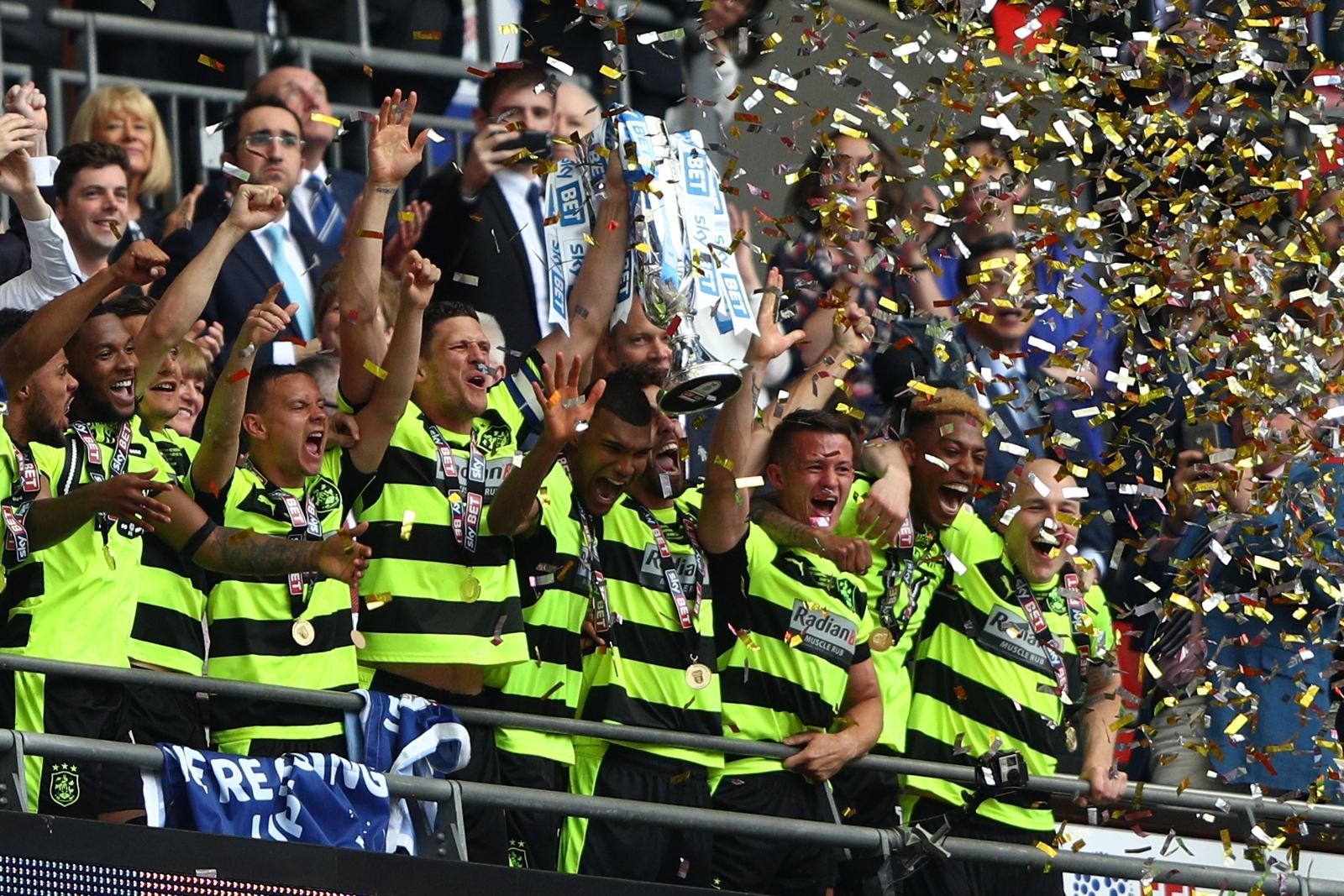 https://d.ibtimes.co.uk/en/full/1629706/huddersfield-town.jpg