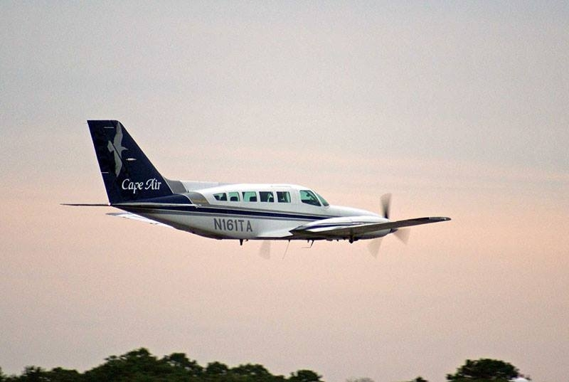 Rockland-Boston Cape Air flight lands safely after window opens in flight