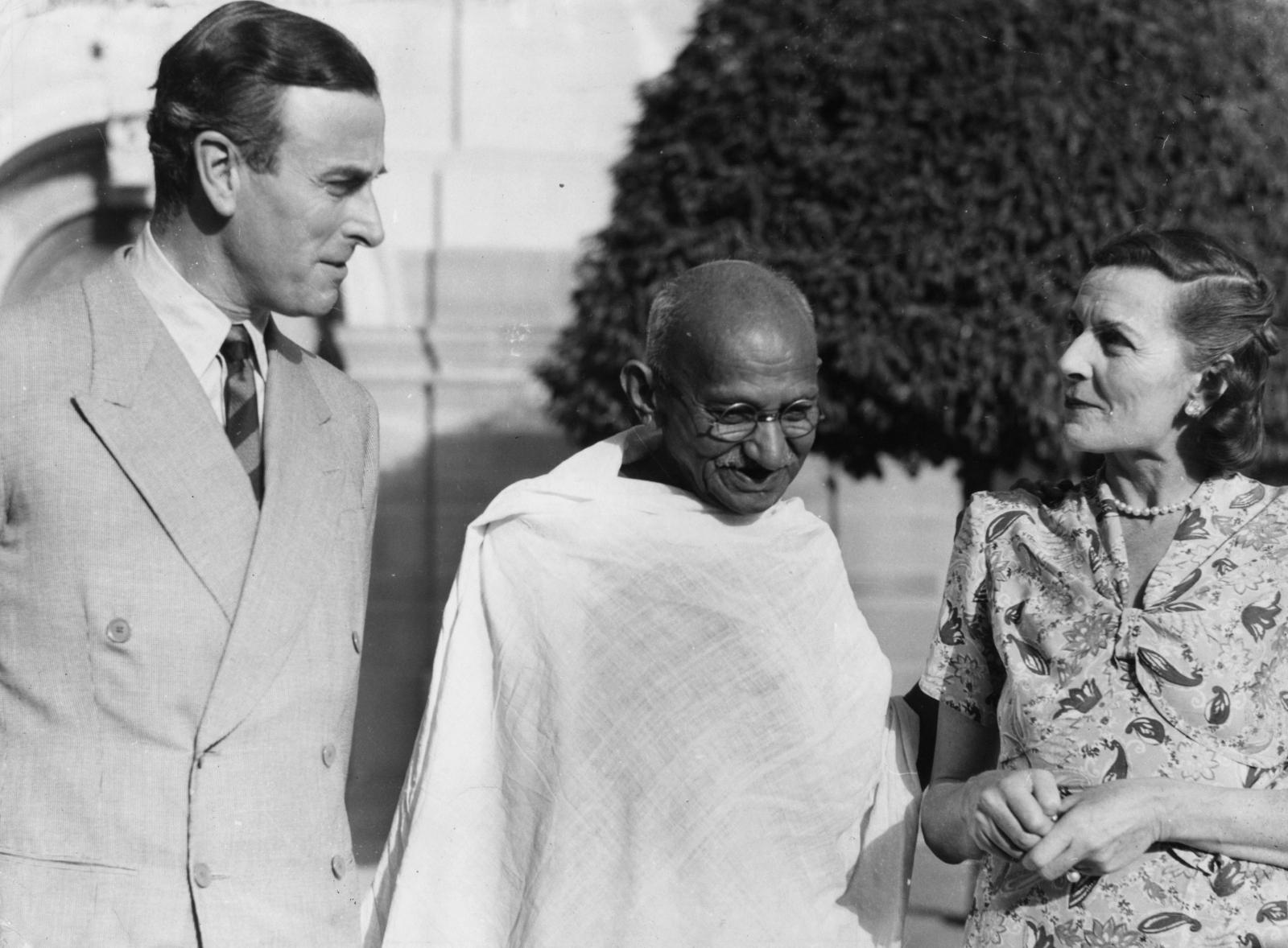 Lord Mounbatten Ghandi India