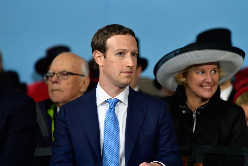 Facebook covertly enters China