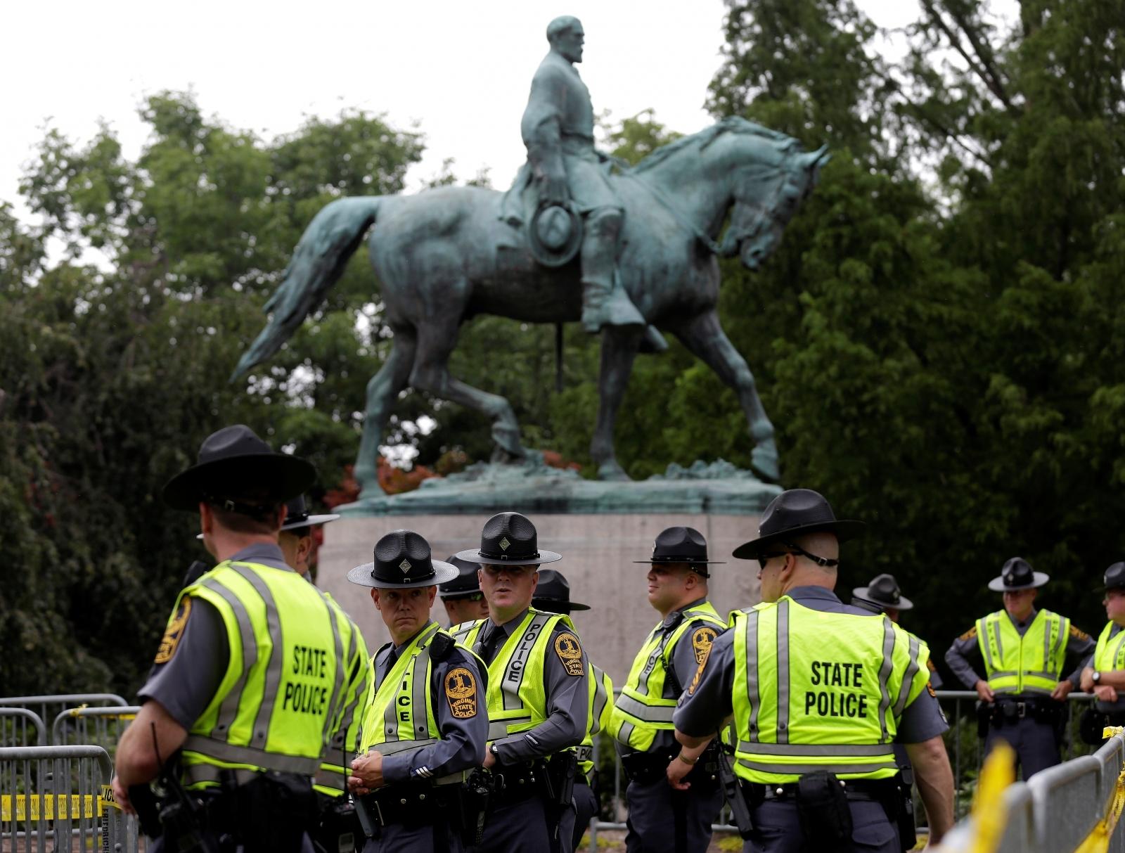 Charlottesville Virginia General Lee White Supremacist