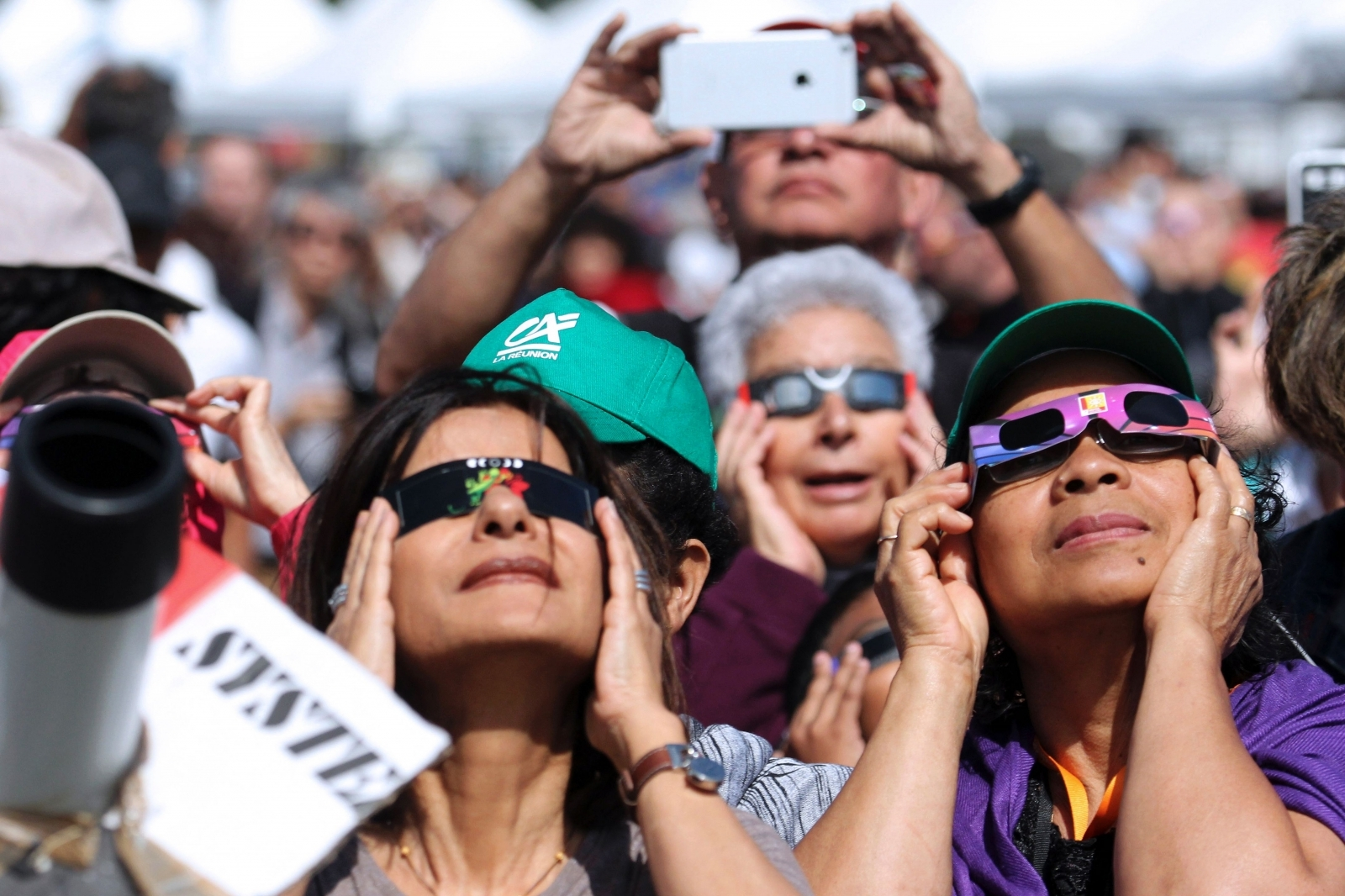 Amazon issuing refund for fake eclipse glasses