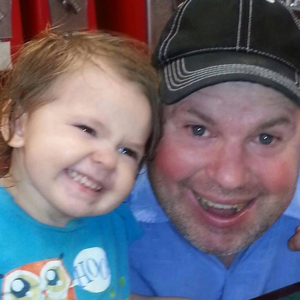 Surrey sleuth tracks down missing U.S. girl via Facebook