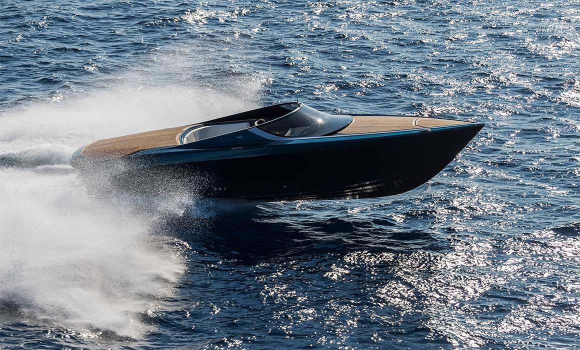 Aston Martin yacht AM37