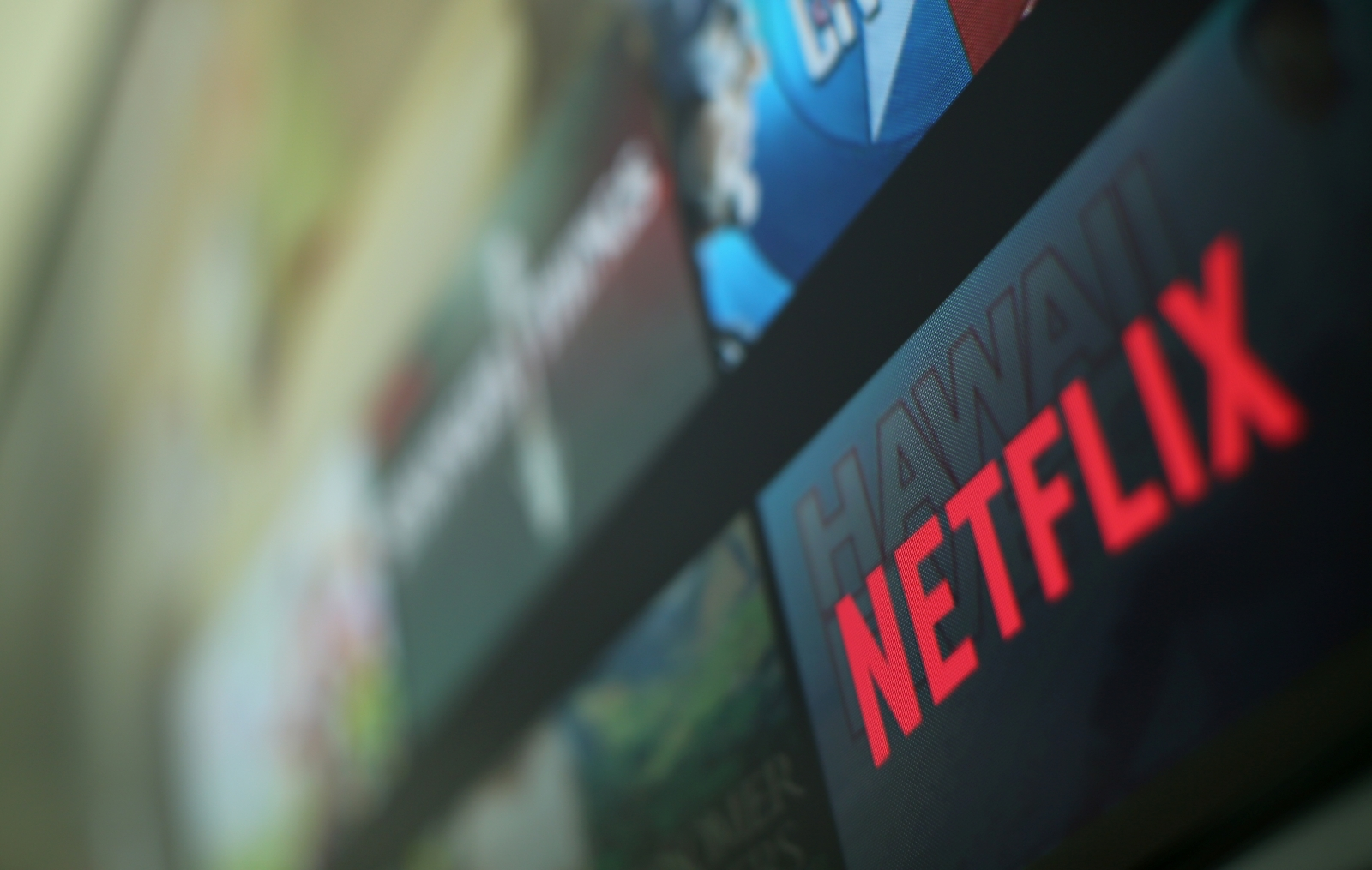 Binge-watching TV may cut sleep quality, up insomnia risk