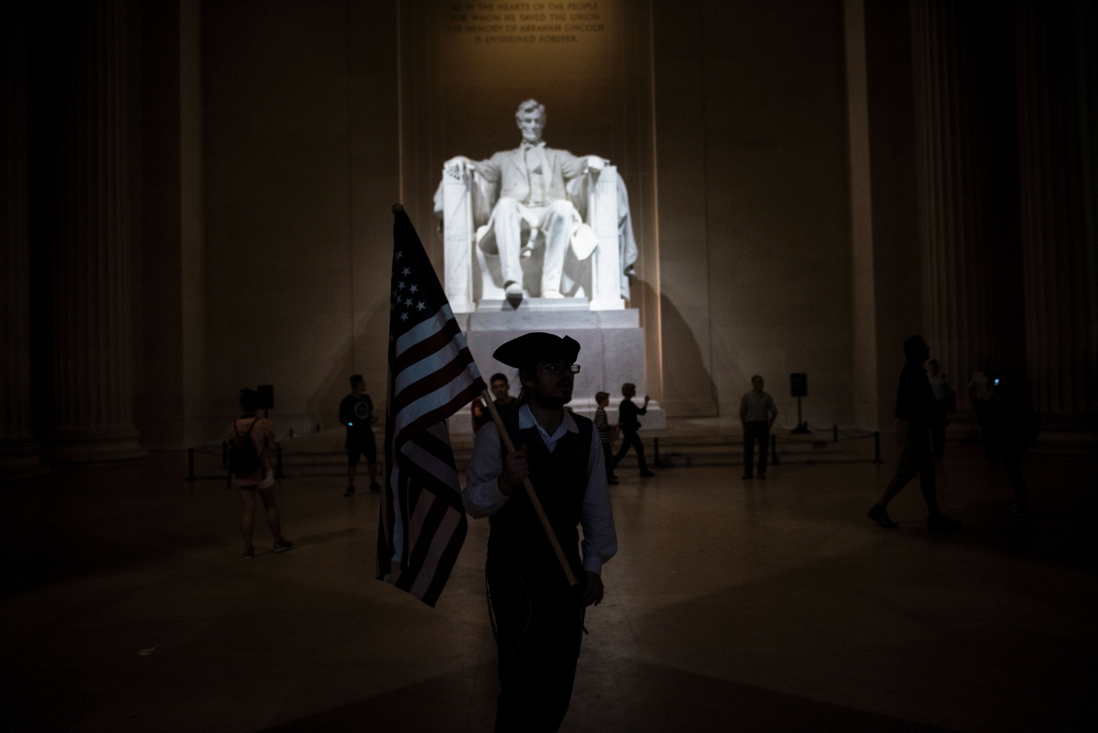 Lincoln Memorial In Washington Is Vandalised Days After