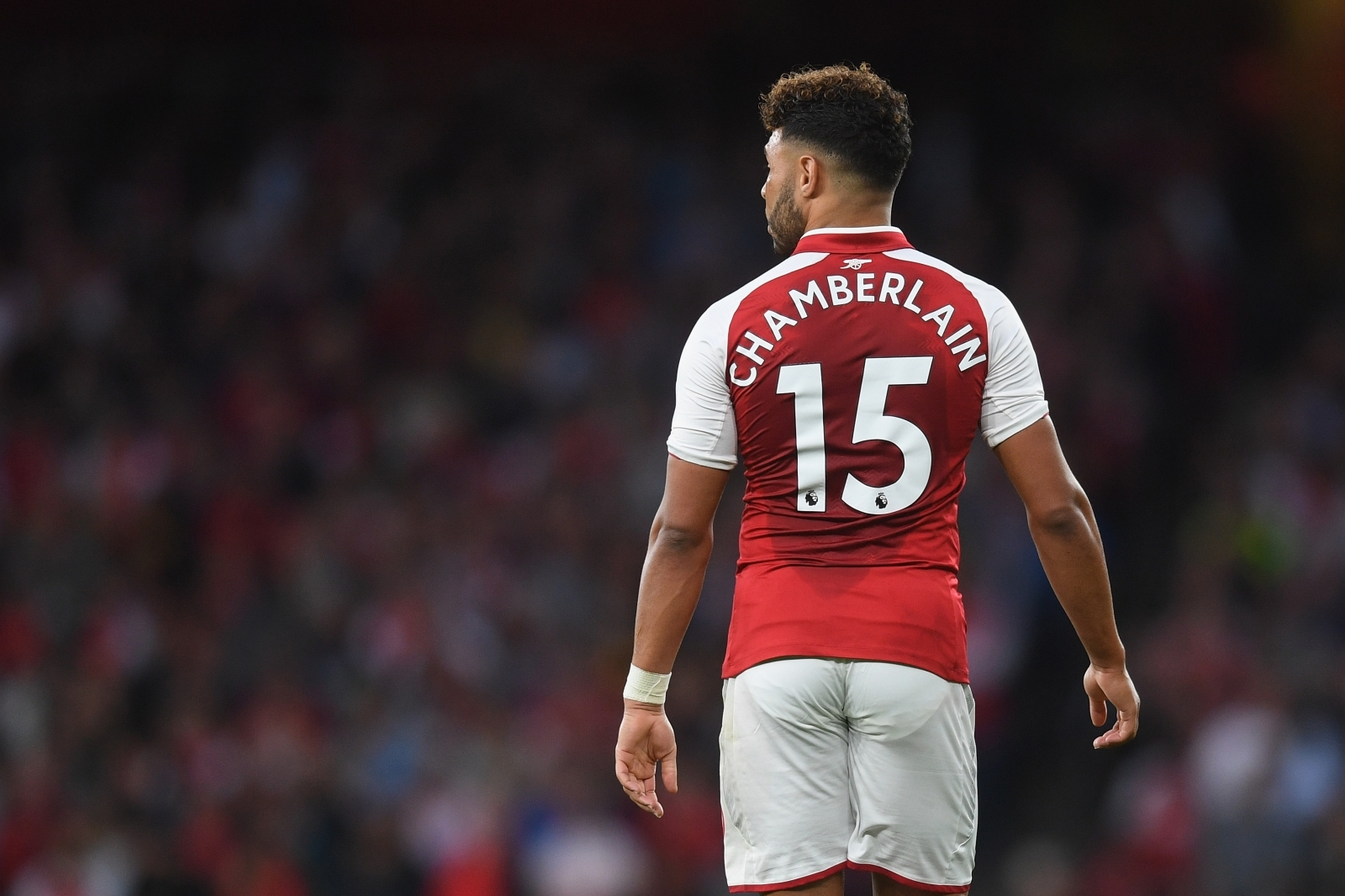 Arsene Wenger confirms Arsenal stay for Alex Oxlade