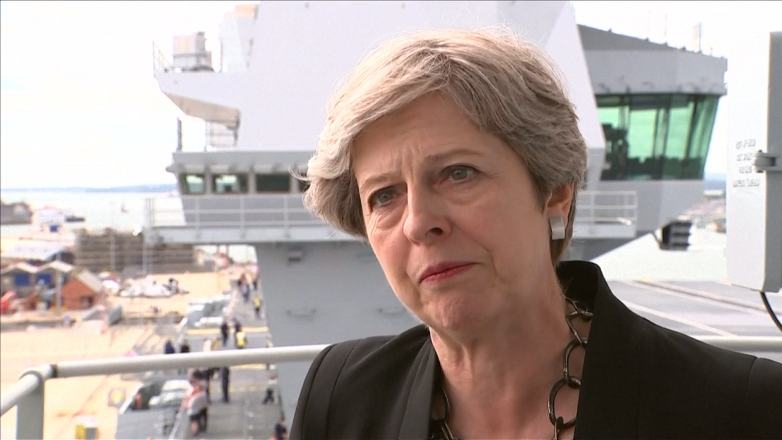 Theresa May sees 'no equivalence' between fascists and 'those who oppose them'