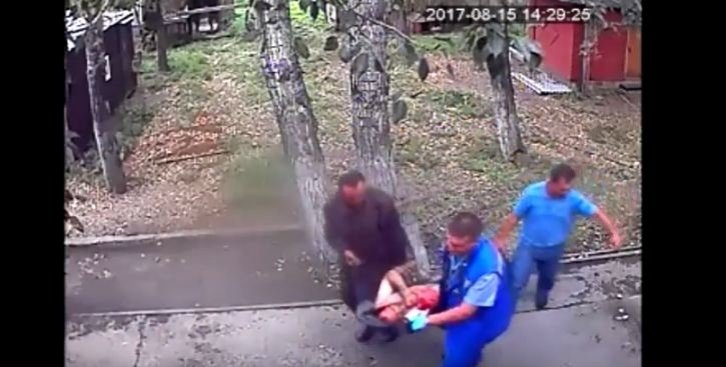 Bear bites off man's arm