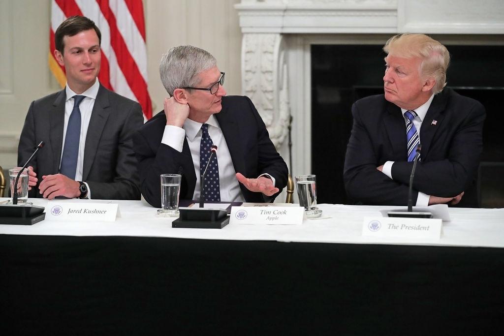 Apple CEO denounces Charlottesville violence