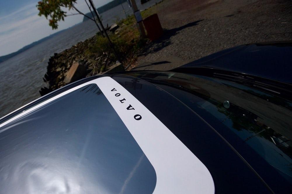 Eclipse 2017 Volvo MoonRoof