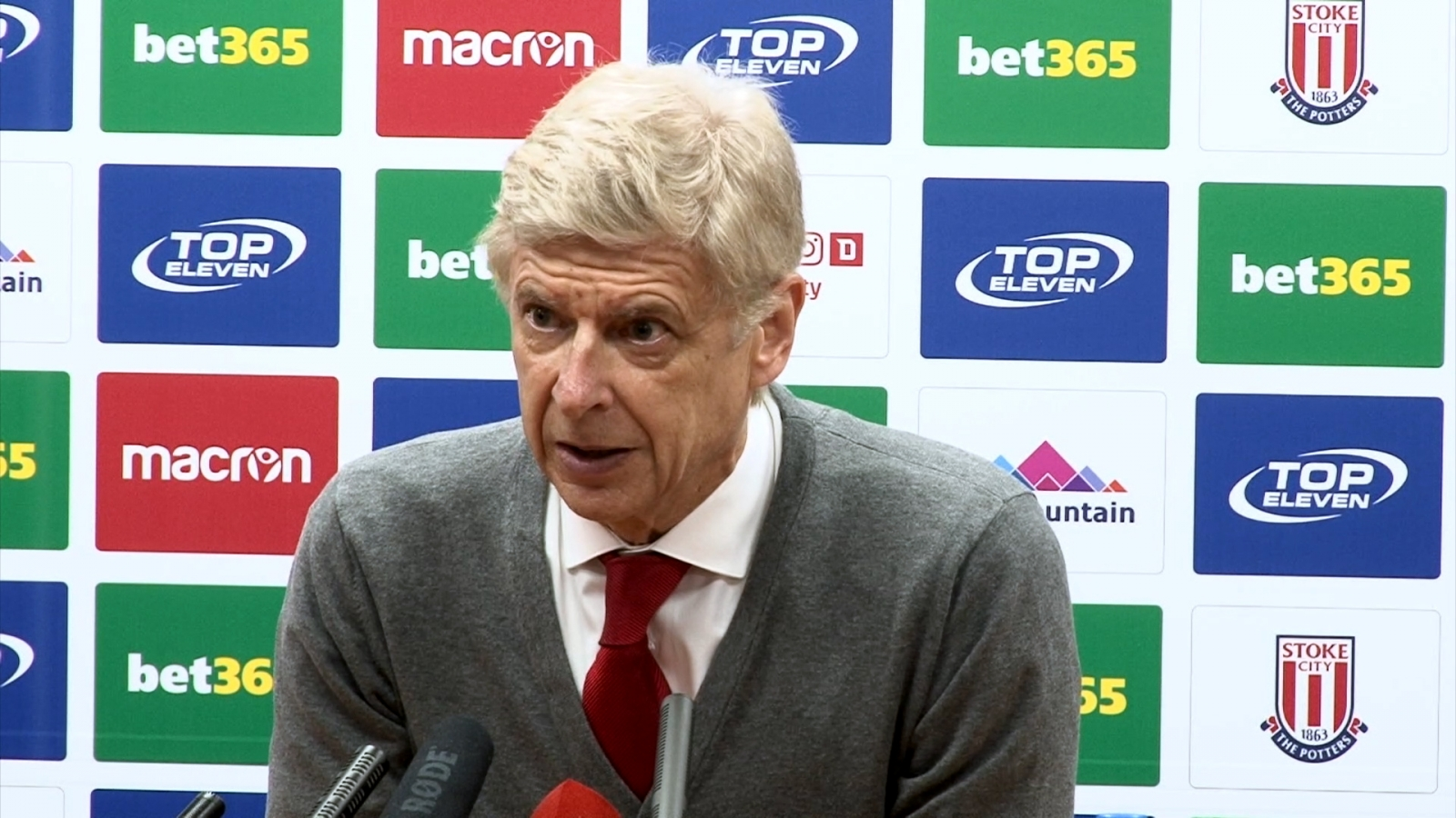 arsene-wenger-expects-multiple-departures-at-arsenal