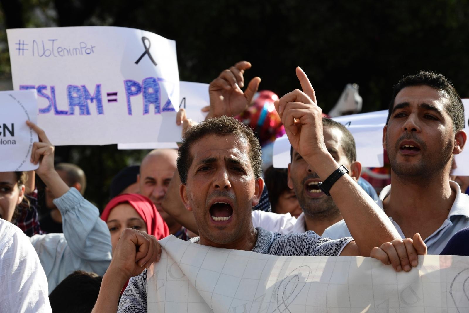 Barcelona terror muslim protest