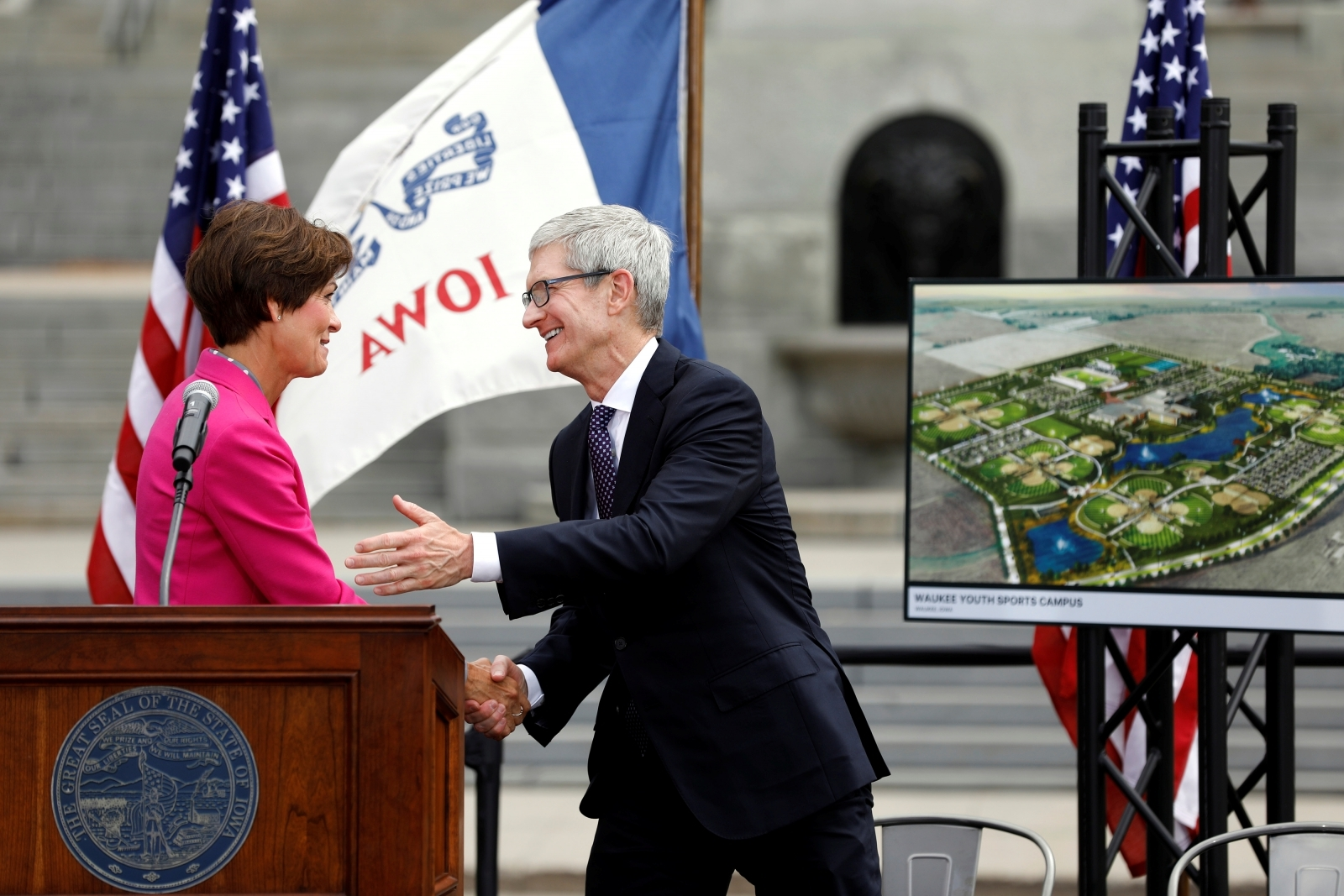 Apple Commits $1.3B for Iowa Data Center