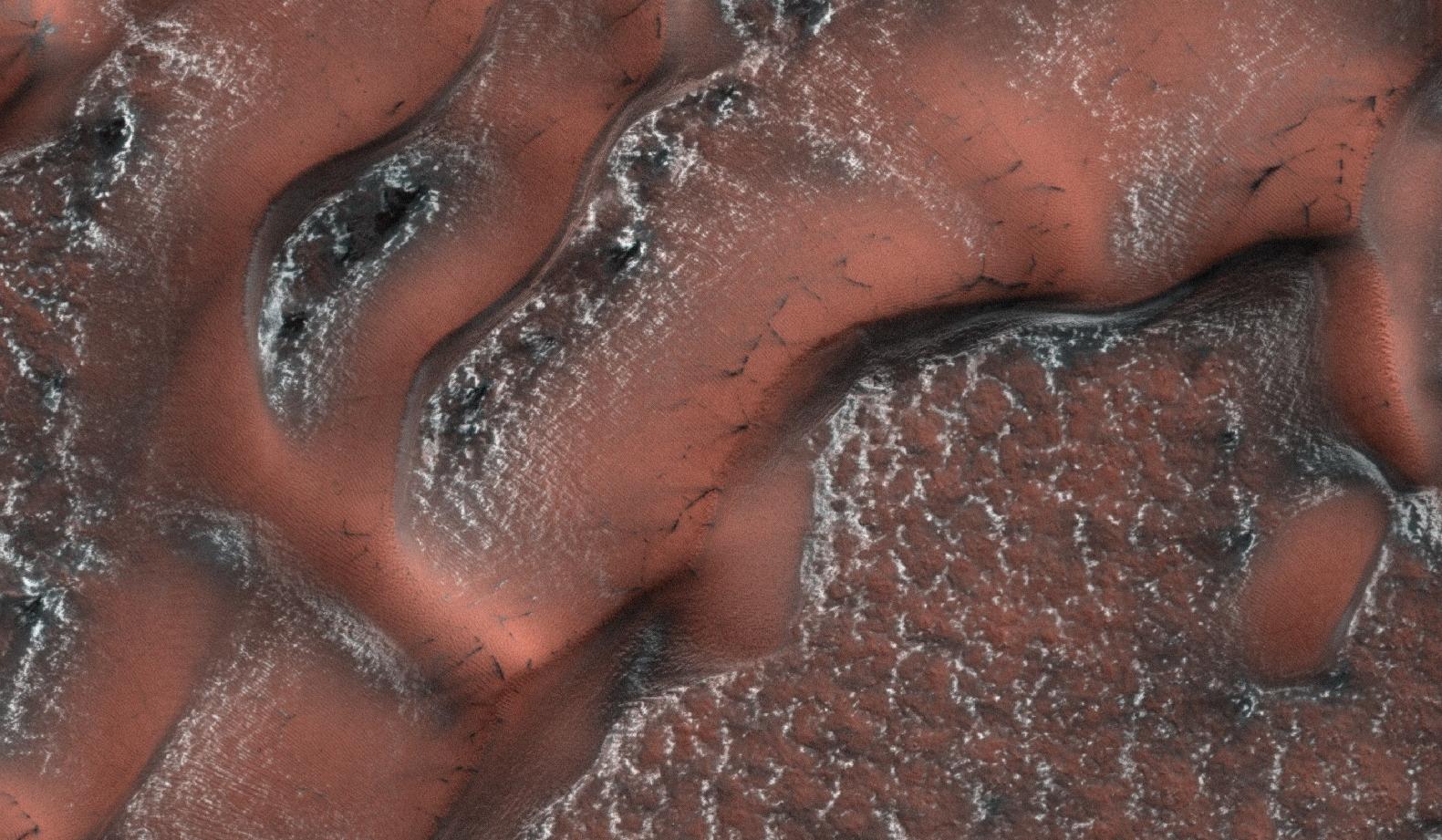 Icy dunes