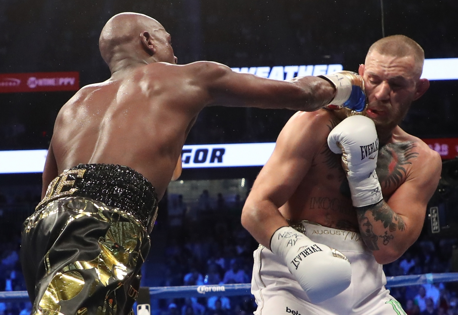Conor Mcgregor Vs. Floyd Mayweather