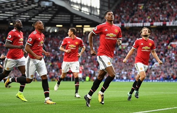 Robson: Manchester Utd can build platform for EPL title