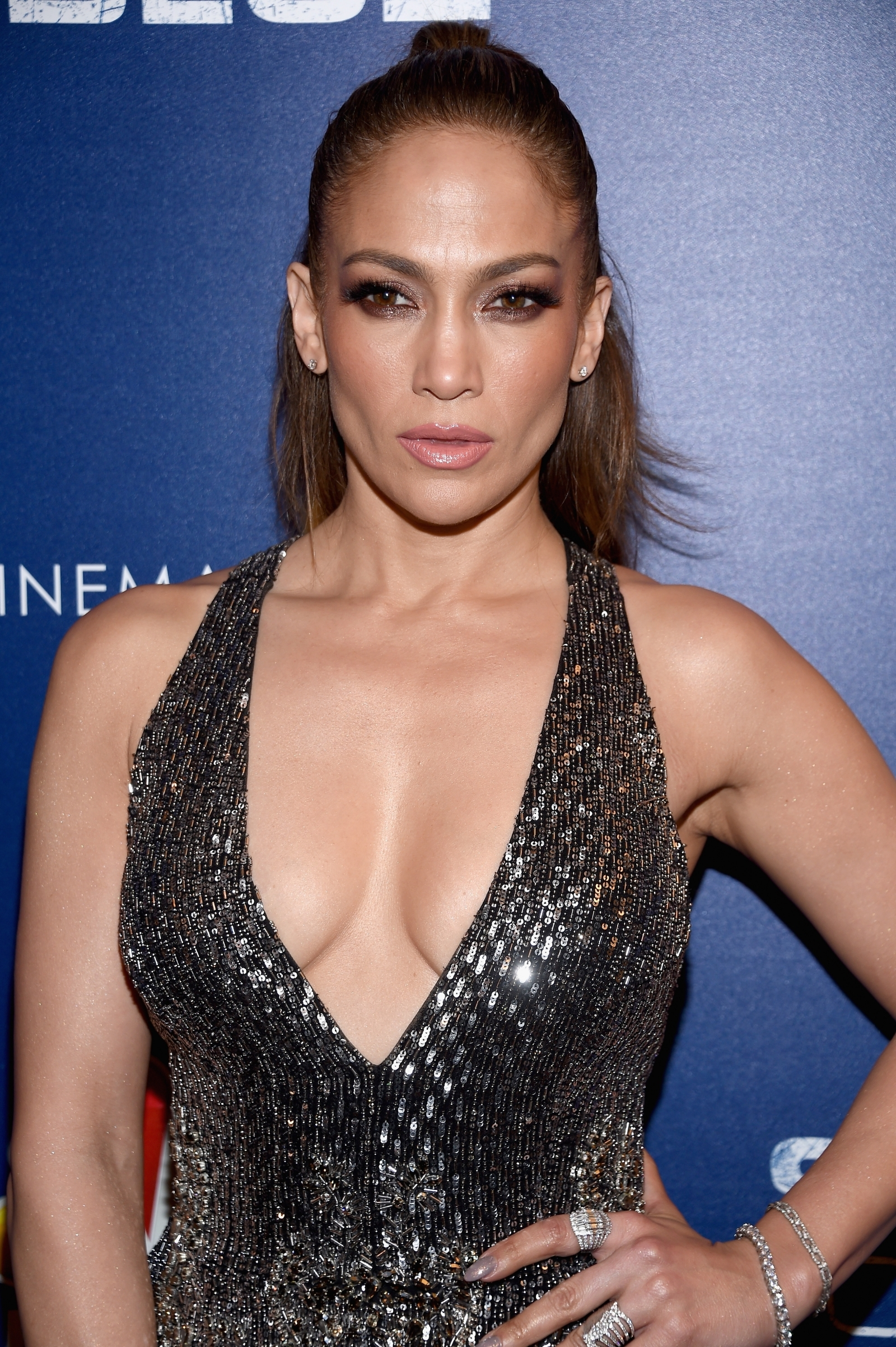 Jennifer Lopez Cleavage naked 418