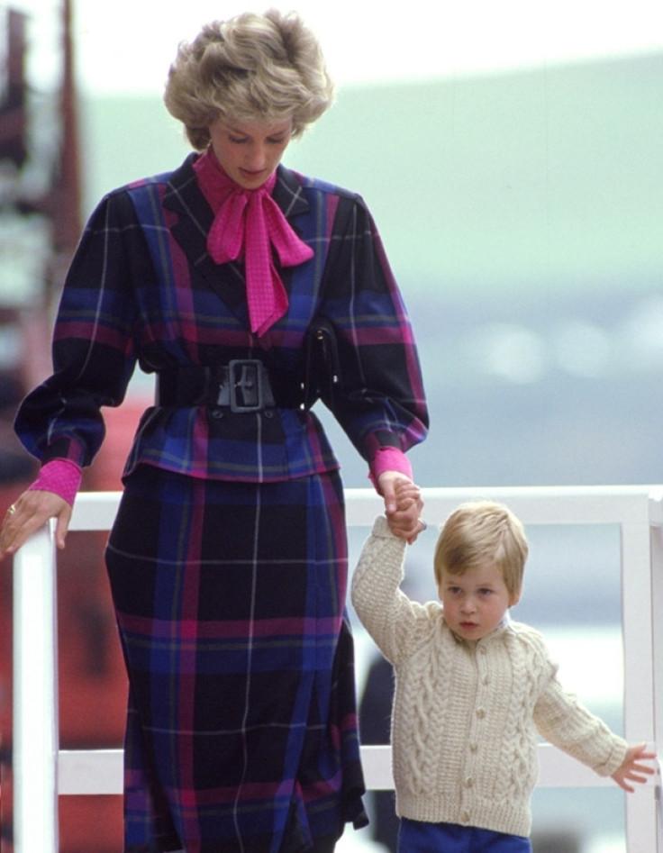 Rarely seen photos of Princess Diana