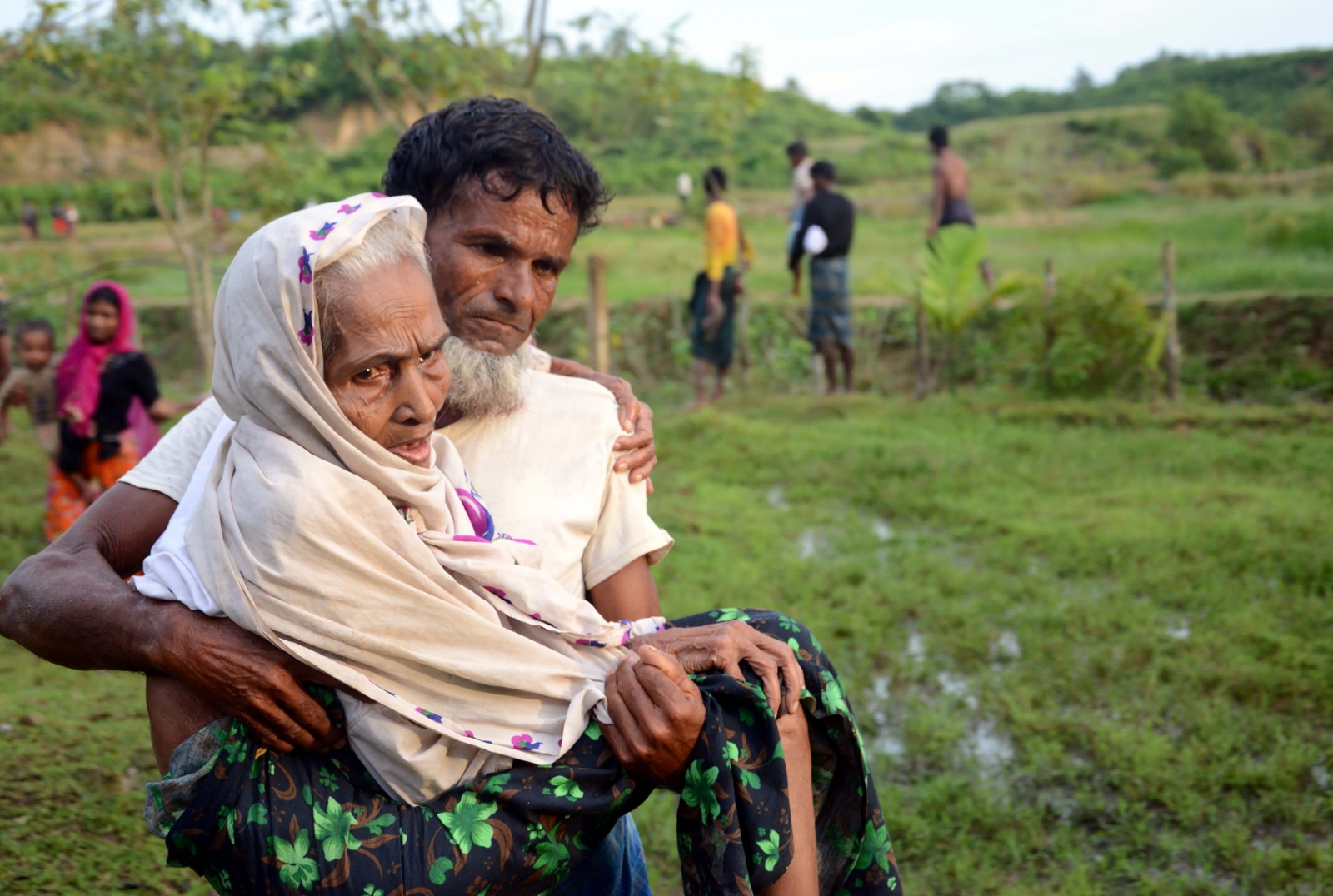 more-than-18500-rohingyas-flee-myanmar-in-5-days-as-unrest-rages