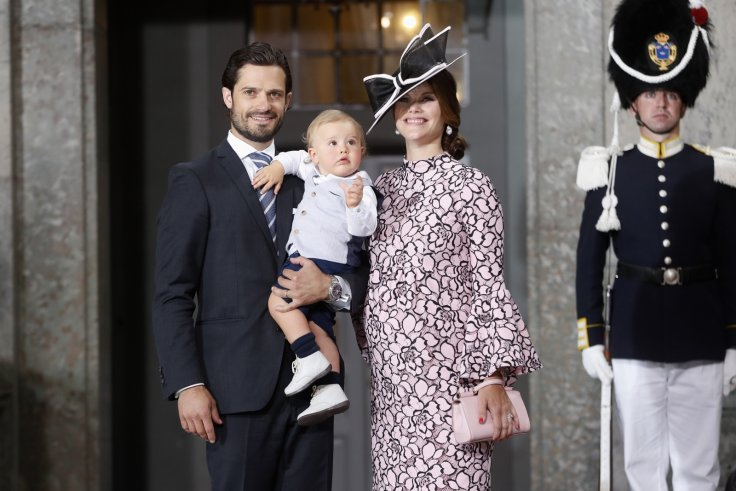 Prince Carl Philip, Princess Sofia share pictures of their children enjoying summer