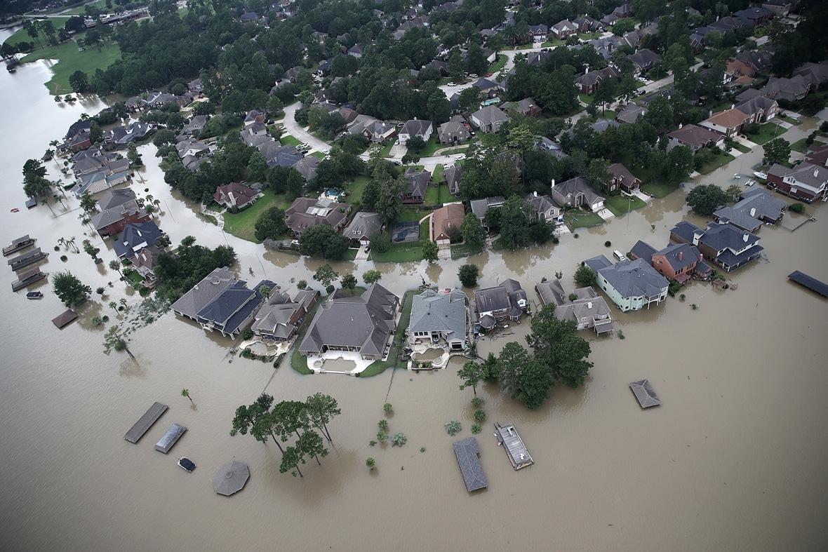 Thieves loot Houston home of elderly Hurricane Harvey victim with her body still inside