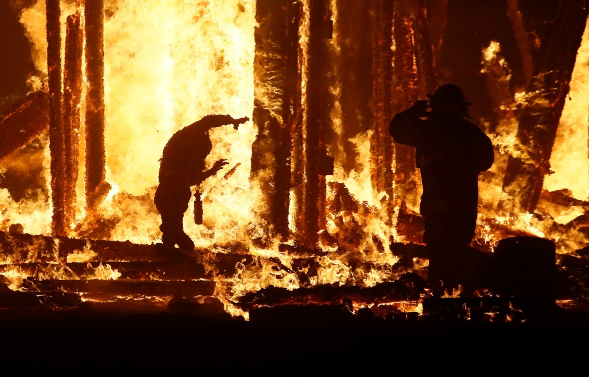 Burning man 2017 continues and ends as normal after horrific fire death - Festival burning man 2017 ...