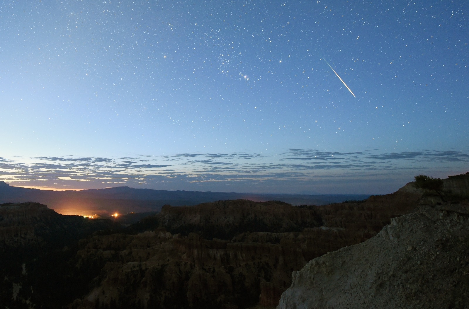 cctv-footage-captures-meteor-flying-over-canada