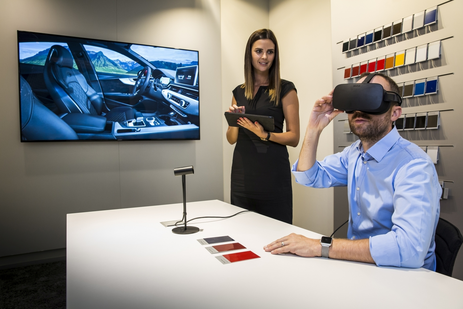 Audi VR virtual reality showroom