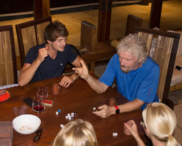Branson and Virgin staff play perudo