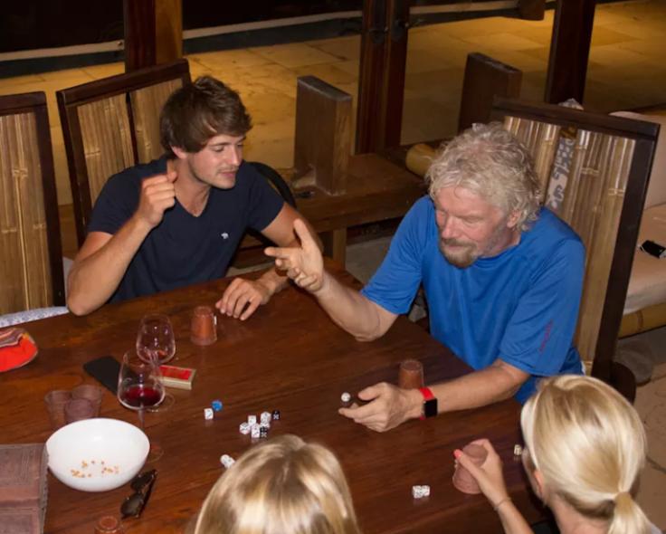 Branson and Virgin staff play perudo