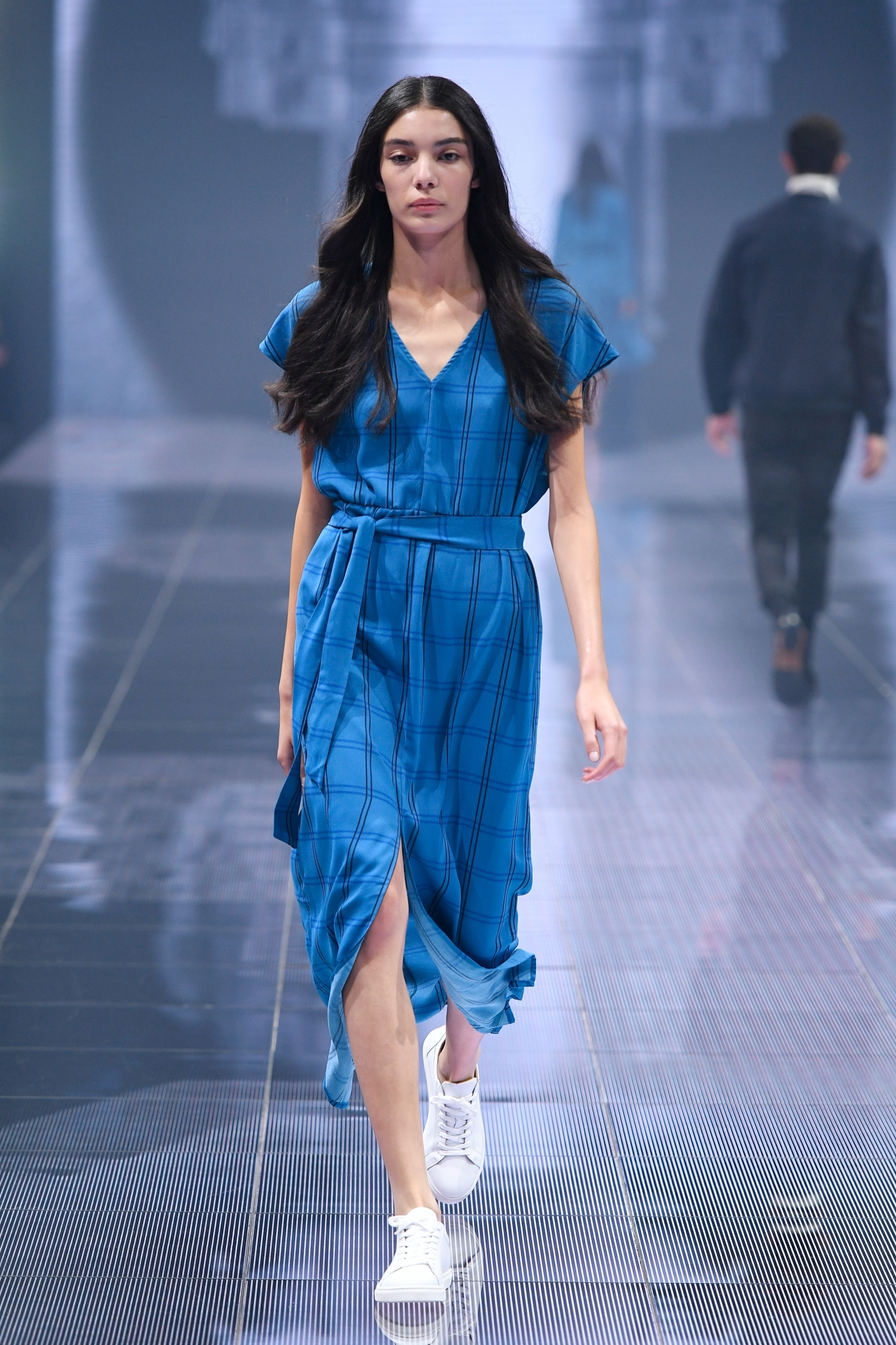Models Under 21: Size Zero No More! LVMH And Kering Ban Super-skinny And