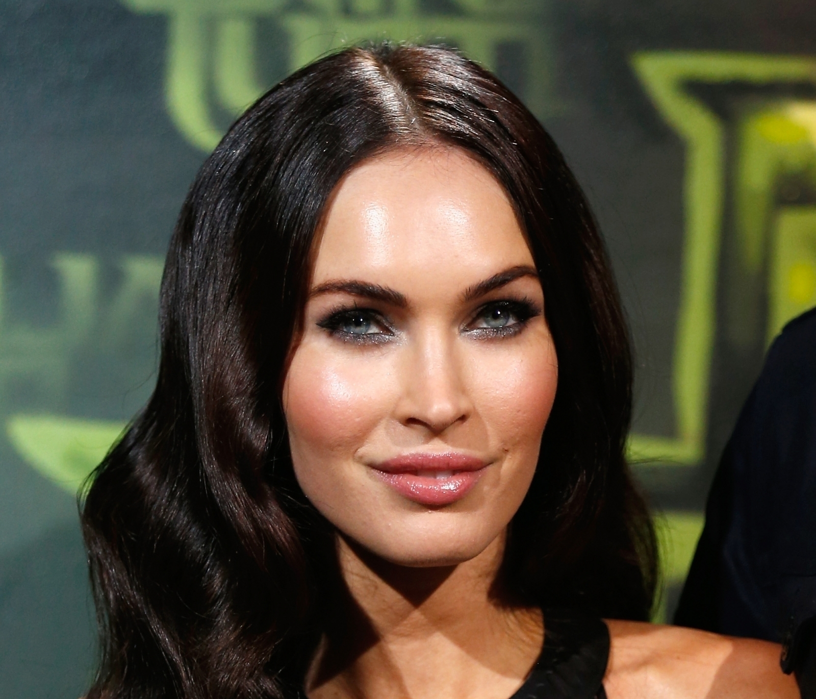 fans left heartbroken as megan fox shares terribly dark hollywood