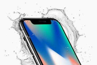 Apple iPhone X water resistant