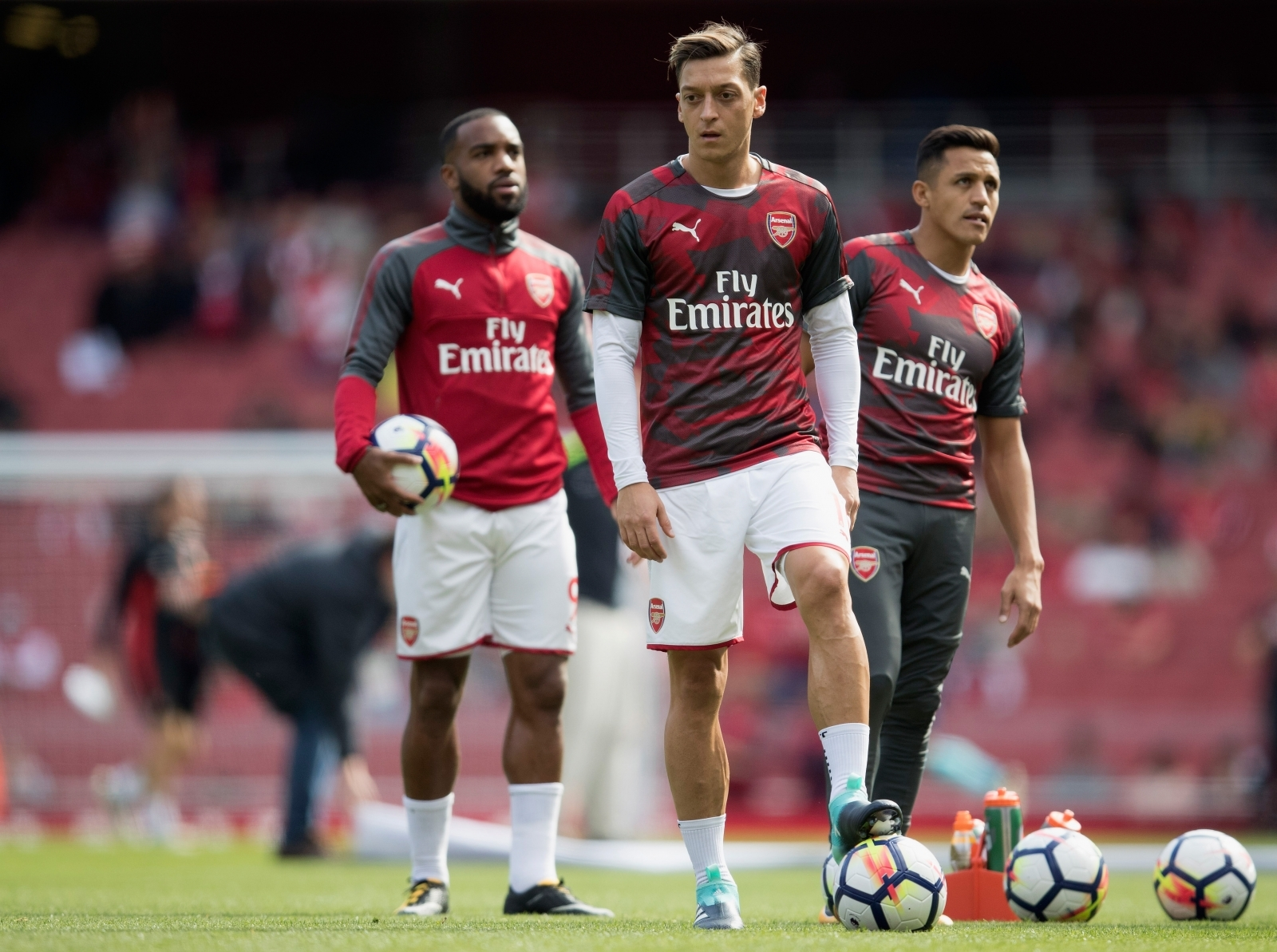 Serie A giants confirm interest in Arsenal star