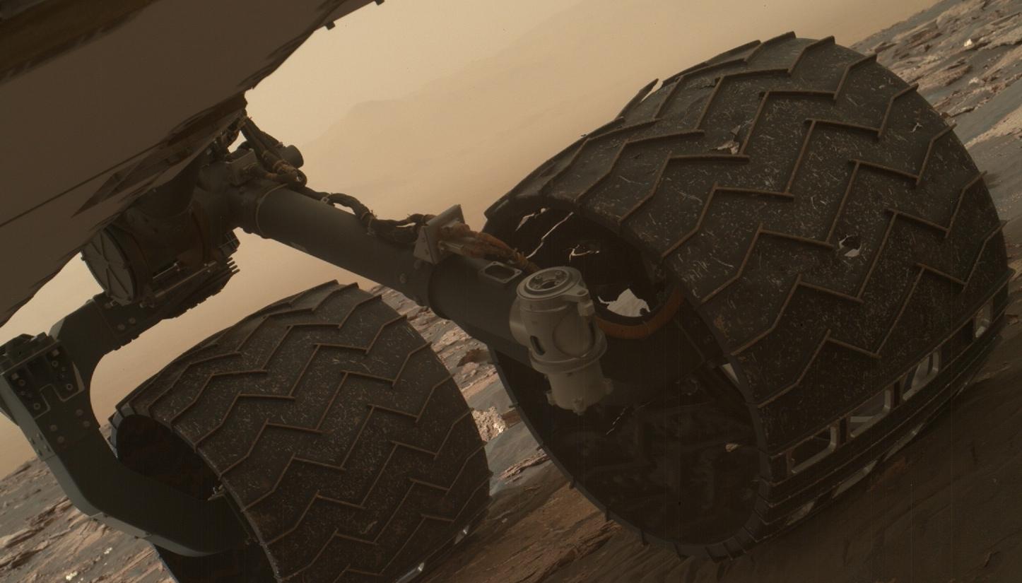 NASA Curiosity damage