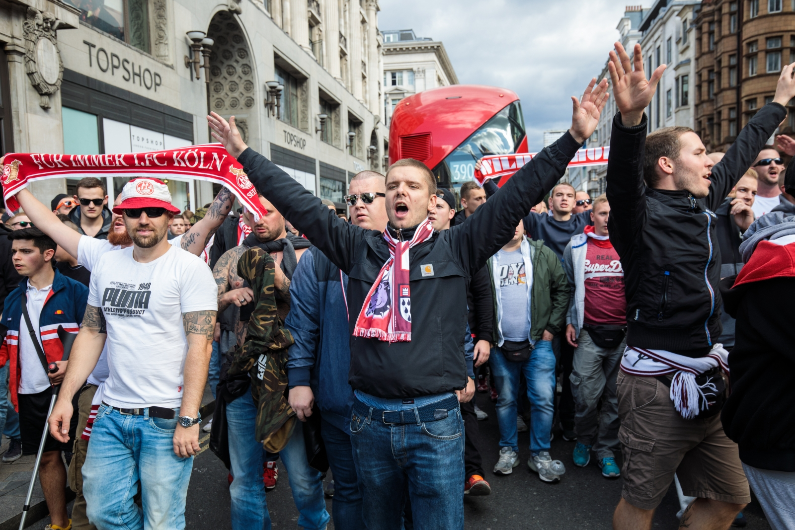FC Köln fans storm London streets in spectacular video