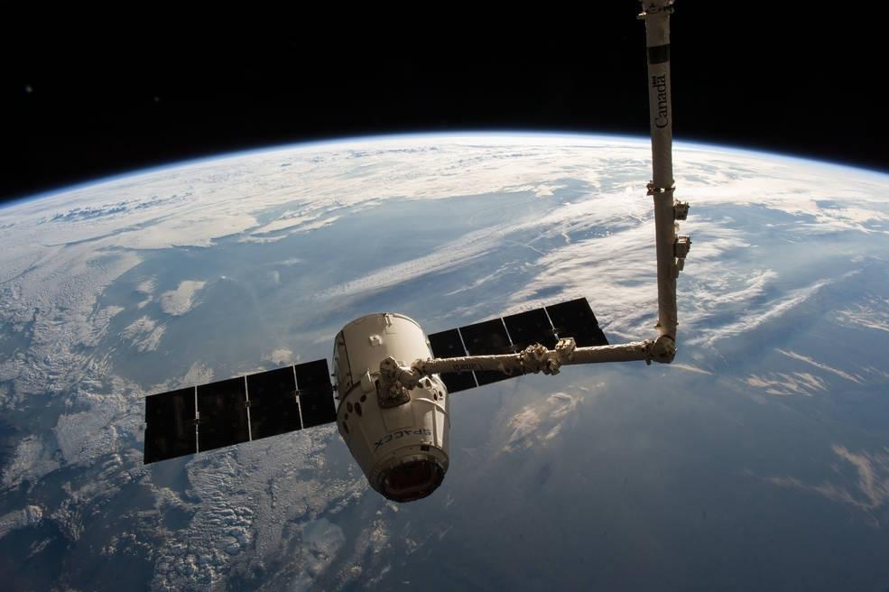 spacex dragon spacecraft