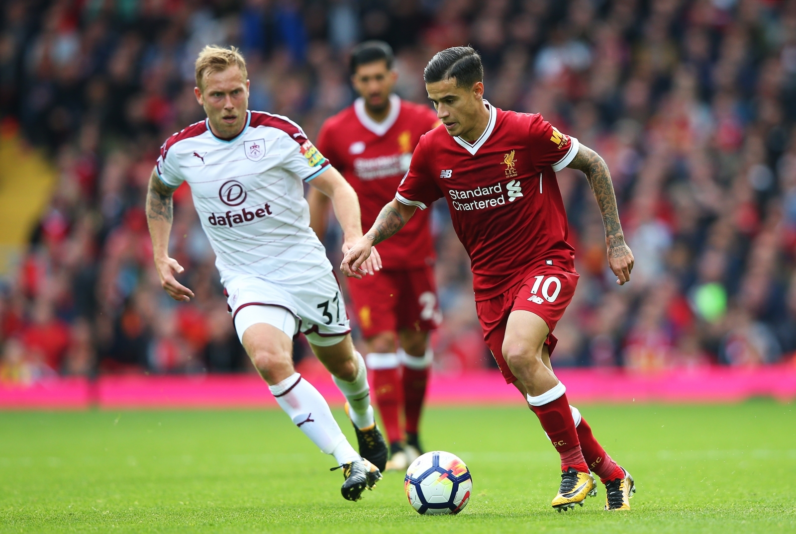 Klopp 'sick' of defensive lapses as Liverpool slump to defeat