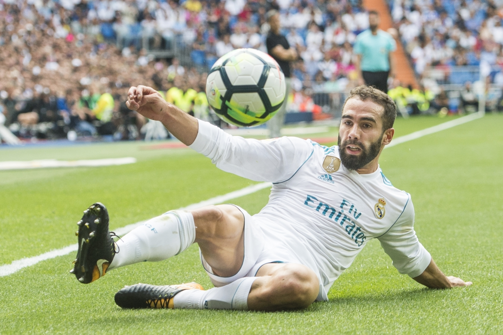 Dani Carvajal signs new Real Madrid deal