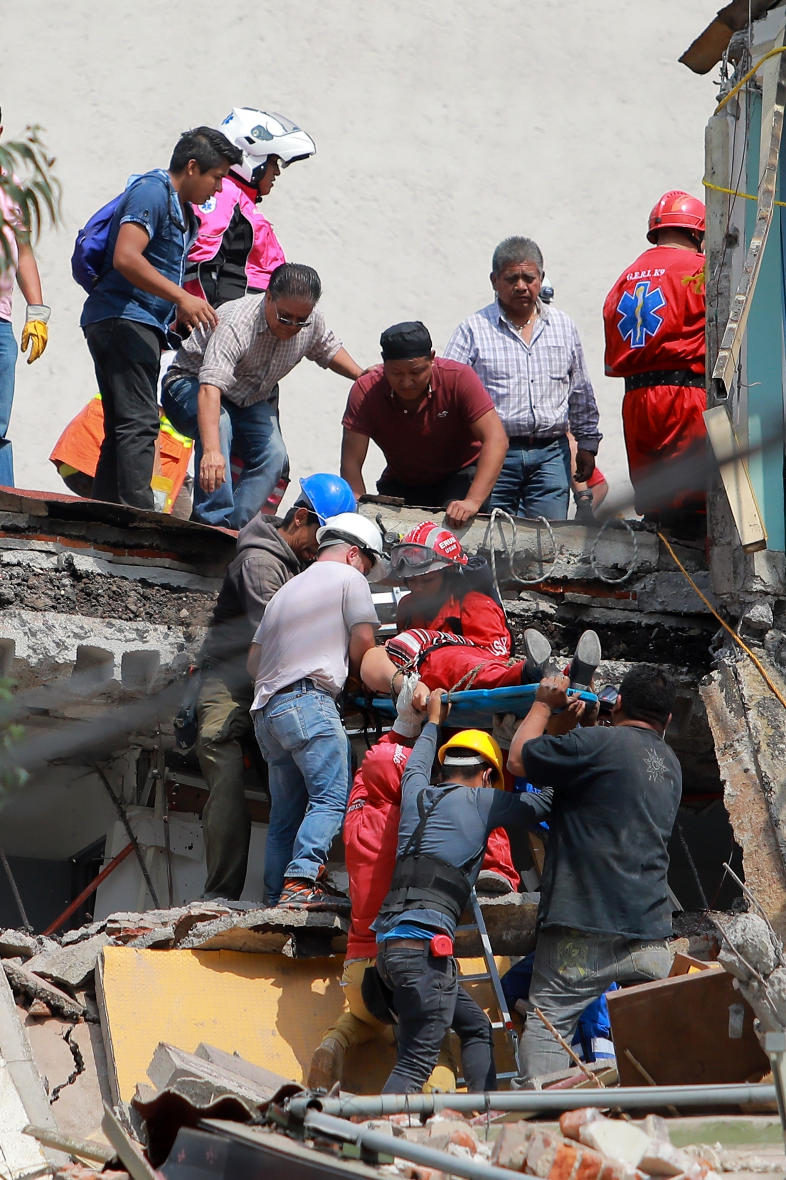 Criminals Taking Advantage Of Mexico City Earthquake To