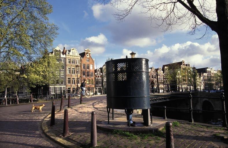 urinal Amsterdam