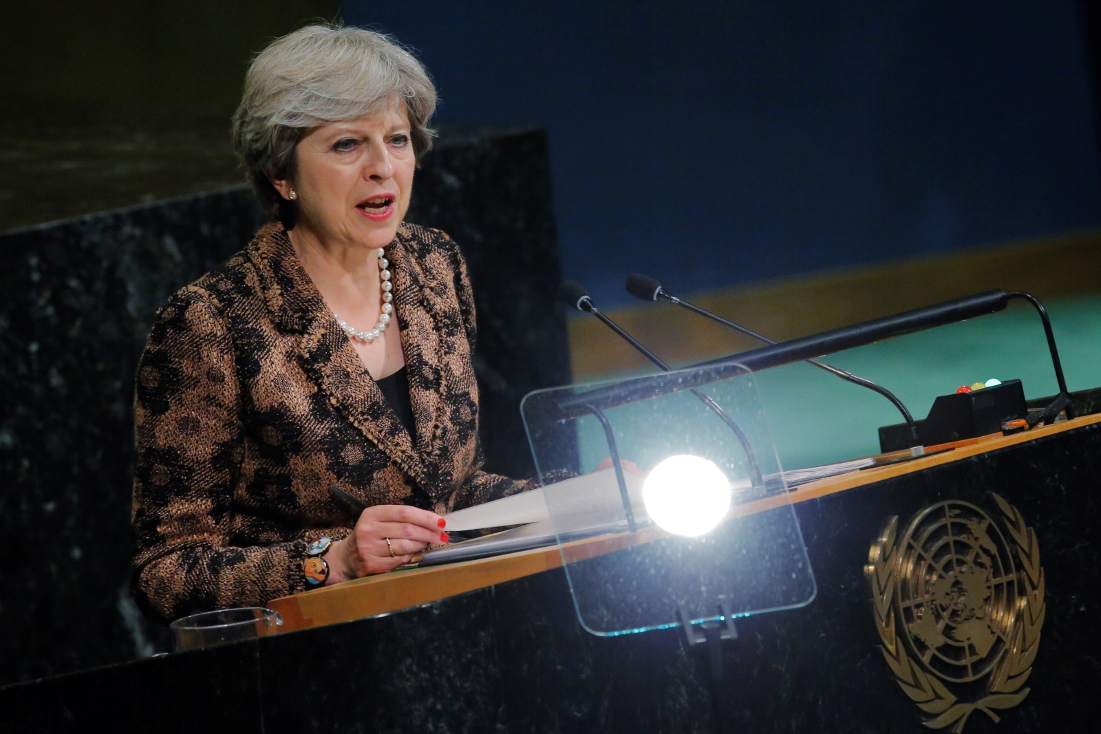 theresa-may-urges-tech-firms-to-stop-spread-of-extremism-online