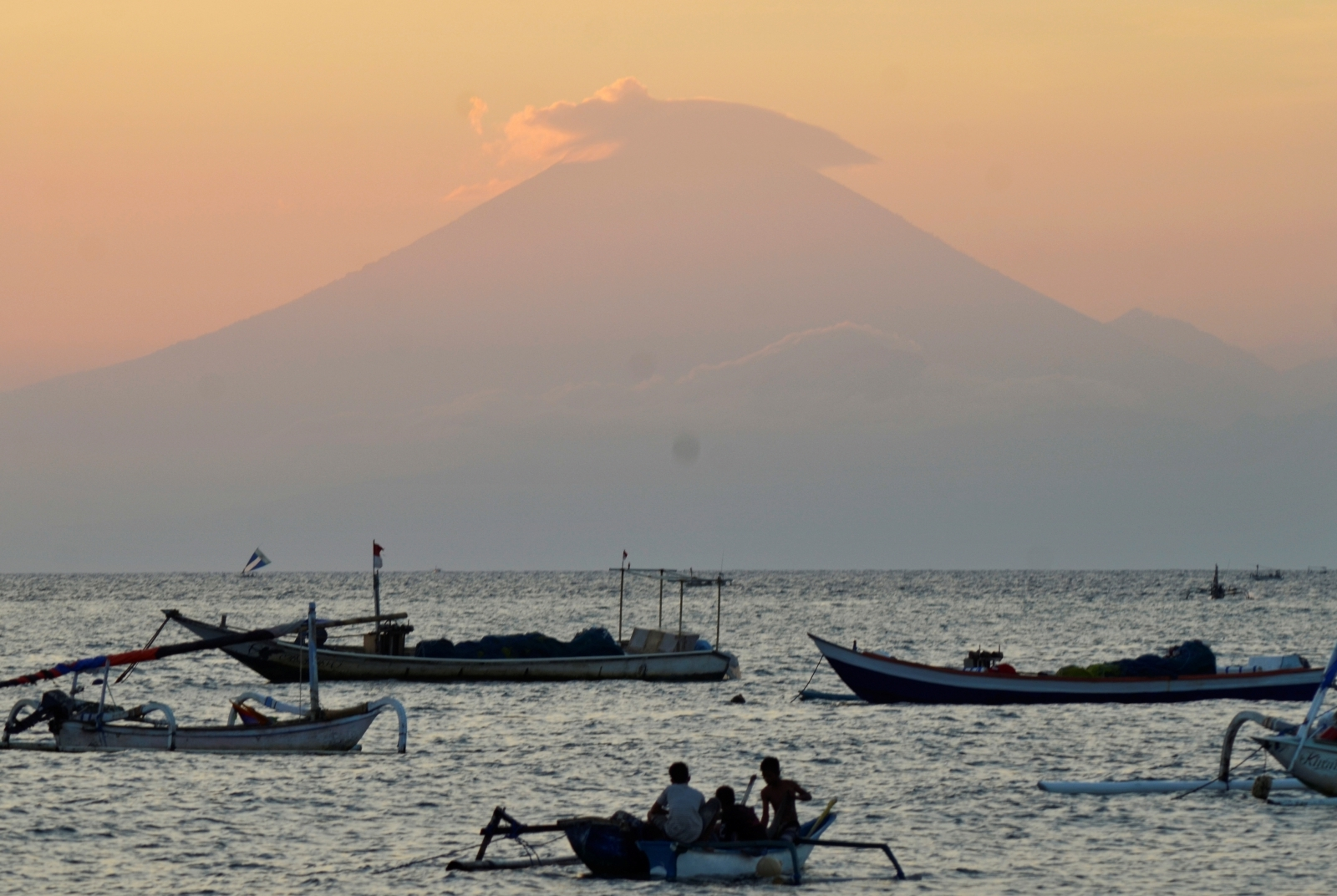 Bali: maximum Alert for fear of the eruption of the dormant volcano